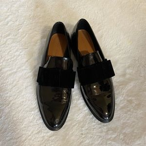 Zara beautiful loafers with a bow